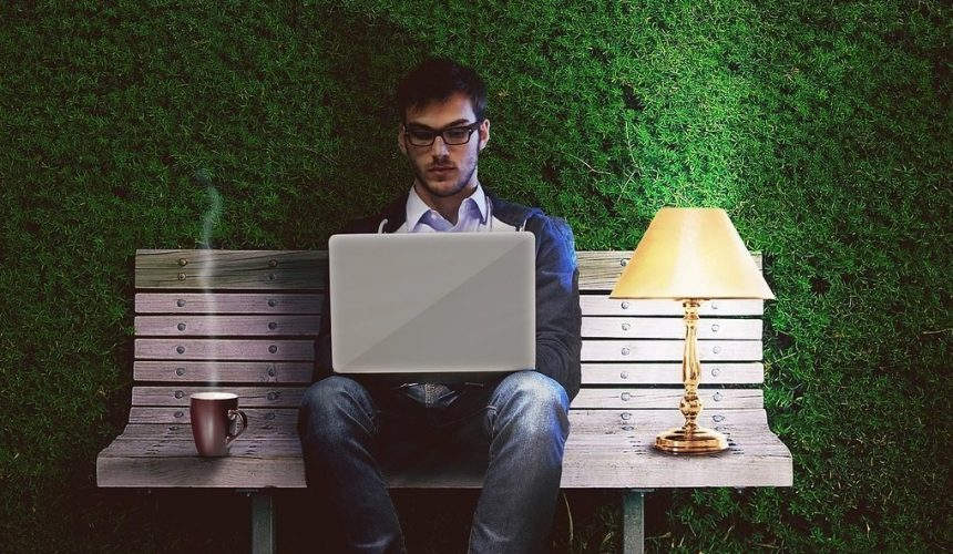remote teams mobile worker out of office2