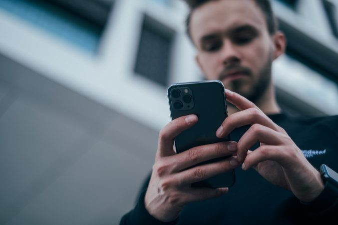 texting sms smartphone 4